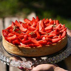 Pie, Food, Strawberry Pie, Chocolate Fondue, Raspberries, Torte, Cake, Fruit Cakes, Essen
