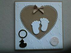Babykaart gemaakt met embossingfolder van Nellie Snellen en snijmallen van Marianne design