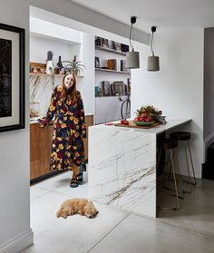 ESSENTIAL KITCHENS & PLUCK LONDON - Creative Director Amy Powney was featured in the January issue in her new kitchen, with adorable dog Roxy.  #motherofpearl #pearlyqueen #amypowney #interiors #kitchens Victorian Townhouse, Side Return, London House, Cockapoo, Project 3, Sustainable Clothing, Kitchen Shelves, Open Kitchen, East London