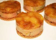 Recette des Tatins de Foie Gras: -4 tranches de pain d'épices -4 tranches de foie gras (conserver le gras jaune qui se trouve au dessus) -3 ou 4 pommes -2 ou 3 bonnes pincées de mélange de 4 épices -1/2 verre à digestif de cognac ou de calvados -10g de sucre -sel, poivre Couper des tranches pas trop épaisses de pain d'épices. Avec un cercle de 6cm, tailler directement dans la tranche comme un emporte pièce.