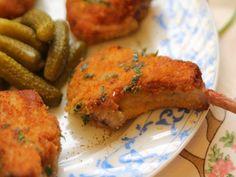 Cotlete de miel pane - Carrefour-Pentru o viata mai buna Chicken, Food, Honey, Essen, Meals, Yemek, Eten, Cubs