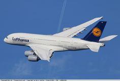 Photo Lufthansa Airbus A380-841 D-AIMB