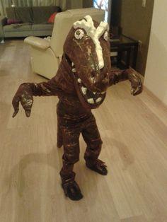 Halloween DIY dino T- rex costume