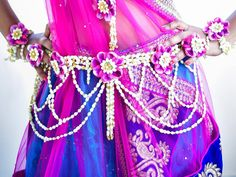 Floral Jewellery for your Wedding Celebrations | WeddingSutra Editors Blog – WeddingSutra.com