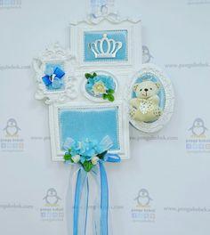 Beşli çerçeve ayıcıklı mavi bebek kapı süsü. pengubebek.com ' da