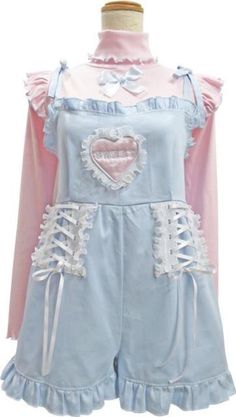 Best Ideas For Style Vestimentaire Japonais Pastel Goth Fashion, Kawaii Fashion, Lolita Fashion, Cute Fashion, Fashion Styles, Aesthetic Fashion, Aesthetic Clothes, Style Kawaii, Pretty Outfits