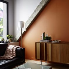 Painting salon: 12 color ideas for the stay Inside Outside, Credenza, Colorful Interiors, Paint Colors, Wall Decor, Cabinet, Living Room, Interior Design, Storage