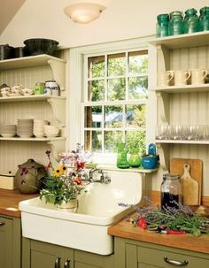 beadboard backsplash wood counters31 Cozy And Chic Farmhouse Kitchen Décor Ideas | DigsDigs