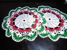HAND CROCHETED DOILIES SET OF 2 LACEY CHRISTMAS