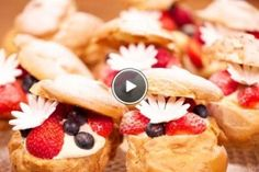 Ekleri s crvenim voćem - recipe Eclairs, Rudolfs Bakery, Cupcake Cakes, Cupcakes, Good Food, Yummy Food, Breakfast Bake, Something Sweet, Brownie Recipes