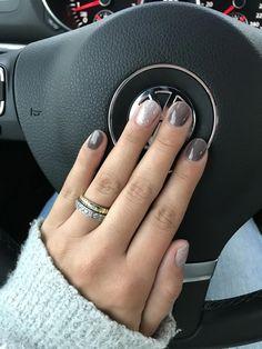 40 Nail Colors Art Ideas Winter 2018 2019 F R Frauen - NailsStock 40 nail ideas - Nail Ideas Nagellack Design, Dipped Nails, Nagel Gel, Nail Polish Colors, Sns Nails Colors, Gray Nail Polish, Nail Colour, Color Street Nails, Color Art