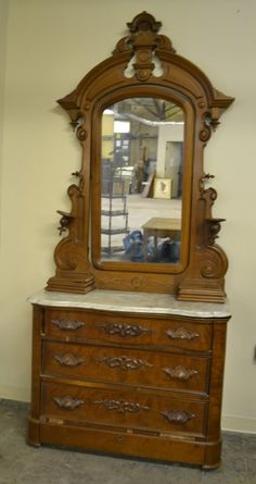 Victorian Walnut Dresser With Marble Top, 3 Drawers And Mirror