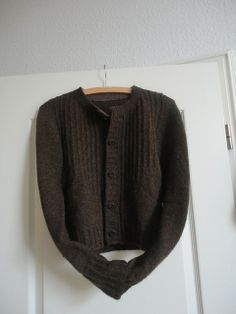 Ravelry: diegertrudenlinde's Toni goes to town.