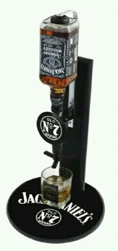 Sticker jack daniel s guitare 57x97 cm 25 99 jack for Pochoir jack daniels