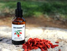 ⭐⭐⭐⭐⭐ review by Danielia M.: This oil is highly beneficial to the skin n EXTREMELY hard to find!!! The service at CocoCosmetics is impeccable! I'm very pleased with their communication especially dealing with a different time zone. I support this business 100% and appreciate the kind loving service from the representatives. Great team! Thank you! #cocoscosmeticstm #etsy #happy #customer #feedback #gojioil #organic #acne #sunscreen #spf #anti-aging #antioxidant ➡️…
