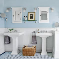 Casual Vintage Bathroom