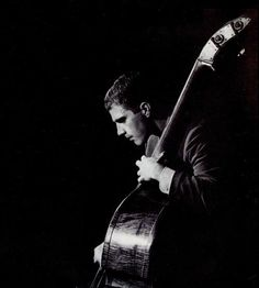 Scott Lafaro, a turning point in double bass technique and design of bass lines in jazz. A real inspiration for jazz bass history. Jazz Artists, Jazz Musicians, Local Artists, Live Music, My Music, Musician Photography, Bill Evans, Double Bass, Jazz Guitar
