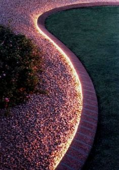 Affordable Landscaping Tips   Curbly #LandscapingTips&Tricks