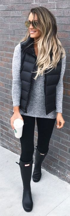49 Cute Outfit Ideas to Keep Warm During Winter #Fashion  https://seasonoutfit.com/2018/01/18/49-cute-outfit-ideas-to-keep-warm-during-winter/