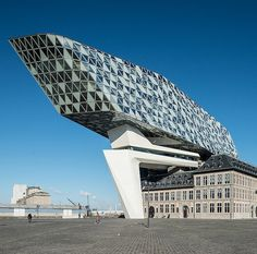 Port House Antwerp - Zaha Hadid Architecture - 7 reasons to visit Antwerp - (c) Visit Antwerp