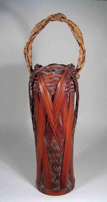 Meiji dynasty Japanese ikebana basket Japanese Bamboo, Japanese Art, Layered Weave, Yellow Bamboo, Making Baskets, Native American Baskets, Indian Baskets, Bamboo Art, Basket Crafts