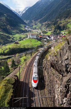 RailPictures.Net Photo: 610 0.. Trenitalia ETR 610 at Wassen, Switzerland by Georg Trüb