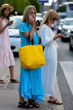 The Best Street Style From Copenhagen Fashion Week Teen Vogue Best Street Style, Street Style Outfits, Looks Street Style, Cool Street Fashion, Street Chic, Fashion Outfits, Fashion Trends, Street Styles, Fashion Weeks