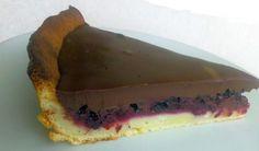 Černicový koláč s čokoládovým krémom Cheesecake, Desserts, Basket, Tailgate Desserts, Deserts, Cheesecakes, Postres, Dessert, Cherry Cheesecake Shooters