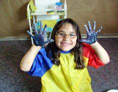 KRASS e.V. ist ein gemeinnütziger Verein mit Hauptsitz in Düsseldorf und ein Projekt der Stiftung Kultur für Kinder.
