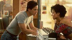 Keanu Reeves and Lori Petty in 'Point Break' (1991)