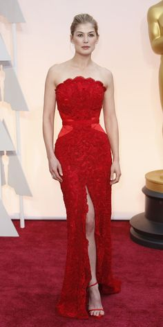 Rosamund Pike in Givenchy at the 87th Academy Awards February 22, 2015