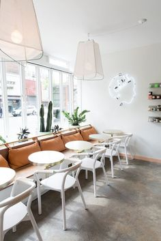 Looking for the coolest new hangout in NYC? Domino toured Chillhouse for the 411 on this mani/spa/cafe hangout. Cafe Interior Design, Cafe Design, Bistro Interior, Interior Ideas, Design Design, Design Ideas, Cafeteria Retro, Design Commercial, Interior Minimalista