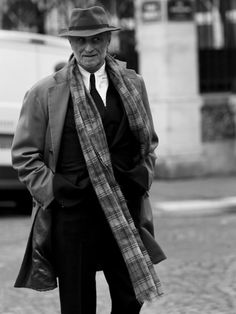 Classic Italian man... love boys in hats