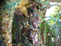 The Mosaic Tile House (L.A. / California): http://curious-places.blogspot.co.nz/2011/01/mosaic-tile-house-la-california.html