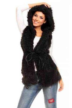 Siirry tuotteeseen Fur Coat, Jackets, Fashion, Down Jackets, Moda, Fashion Styles, Fur Coats, Jacket, Fashion Illustrations