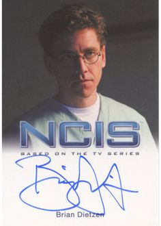 NCIS 2012 Premium Pack Trading Cards - Rittenhouse Archives  http://www.scifihobby.com/products/ncis/2012/index.cfm