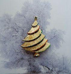 Xmas Tree Pin Brooch Goldtone Vintage by Gerrys от palomasetc