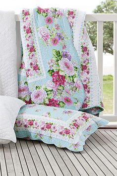 Buy Bedding Online at EziBuy | Bed linen includes sheet sets, duvet covers, blankets, quilts - Macie Quilt