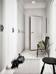 Cool and Stylish Monochrome Apartment in Sweden - NordicDesign