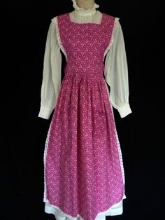 """Similar to """"1929"""". --VINTAGE 1970s LAURA ASHLEY VICTORIAN STYLE PINK DAISIES PRAIRIE PINAFORE APRON #LauraAshley"""