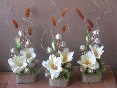 Church Flowers, White Wedding Flowers, Flower Making, Chocolates, Flower Designs, Paper Flowers, Floral Arrangements, Floral Design, Centerpieces