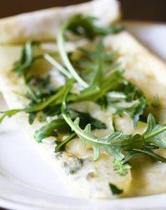 Witte pizza met peer en gorgonzola