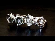 Double Rose Ring 18K Gold with Diamonds