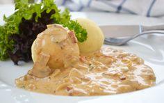 #Schwammerlsoße schmeckt besonders zu Semmelknödel oder defitgen Fleischgerichten einfach köstlich. Dieses Rezept ist aus Tirol.