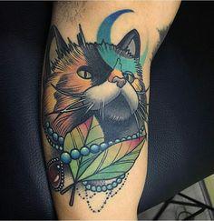 Cat tattoo by @lucasbtattoos