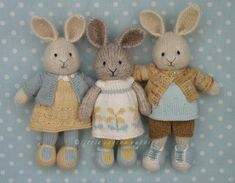 Super knitting baby girl little cotton rabbits ideas Knitted Stuffed Animals, Knitted Bunnies, Knitted Teddy Bear, Knitted Animals, Knitted Doll Patterns, Animal Knitting Patterns, Knitted Dolls, Knitting Blogs, Knitting Projects