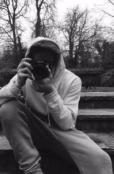 B&W // Brooklyn Beckham // Burberry 2016 // fashion // photography