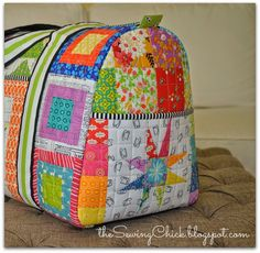 I can finally share this patchwork duffle bag that I recently made for the Sew Sew Modern 5 swap on Flickr. My partner asked for a duffle bag in a rainbow of colors so I didn't want to share …