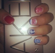 Summer blu and red nail art