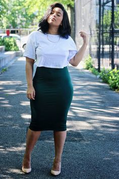 Midi Pencil Skirt www.amourveroo.com.. I need a pencil skirt like this!
